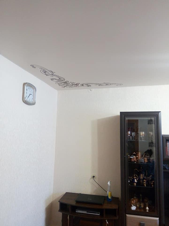 Какие бывают натяжные потолки